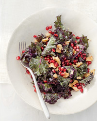 raw-kale-pomegranate-walnuts-mbd108052.jpg