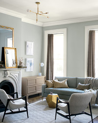 Benjamin Moore's 2019 Color of The Year Will Make You Want to Paint Your Home