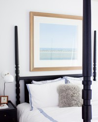 Bedroom Decorating Ideas for a Modern Bachelorette