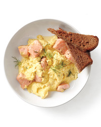 five-ways-salmon-and-toast-002b-med108877.jpg