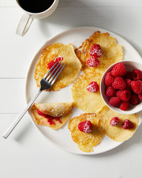swedish pancakes raspberries