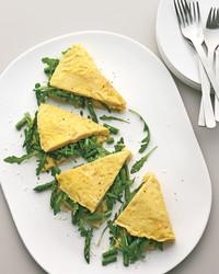 omelet-asparagus-greens-pecorino-mbd108463.jpg
