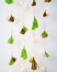 Easy DIY: String Light Garland