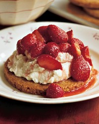 mla100936_cookieplated_0605_sweetened_ricotta.jpg