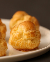 how-to-make-the-perfect-cream-puff-kc0068-0427.jpg