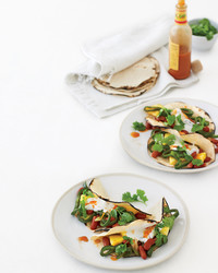 pepper-pineapple-bean-breakfast-taco-mld107965.jpg