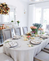 You'll Want a Seat at This Elegant Thanksgiving Table