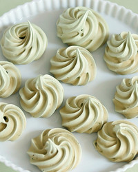 green-tea-meringue-kisses-martha-bakes-508-1115.jpg