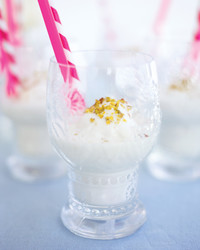 horchata-and-coconut-milkshake-351-d107437-0615.jpg