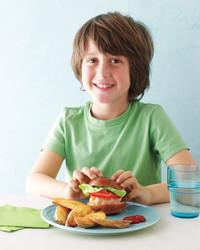 kid-turkey-sliders-potato-wedges-med108749-001c.jpg