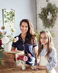 Surprise Mom With a Beautiful Handmade Flower Arrangement