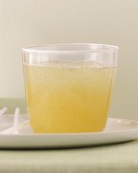 sparkling-roasted-vanilla-lemonade-088-mld103845.jpg