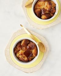 featured-recipe-bourbon-bread-pudding-105-d113085.jpg
