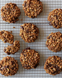 Martha Shows How to Make Delicious Gluten-Free, Vegan Cookies