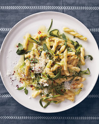 mint-pasta-with-zucchini-pecorino-159-exp-2-d111259.jpg