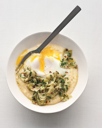 poached-eggs-polenta-marinated-artichokes-mbd108463.jpg