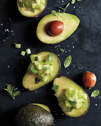 the-perfect-bite-with-avocado-and-melon-0185-d112099.jpg
