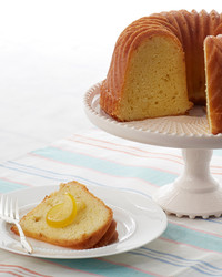 marth-bakes-lemon-bundt-cake-cropped-119-d110936-0614.jpg