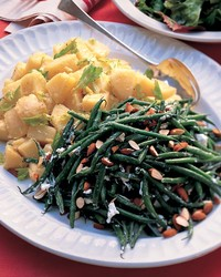 ML207P22_0702_Haricot_Verts_Goat_Cheese_Salad_杏仁.jpg
