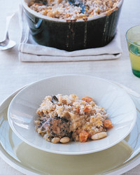 ml209f4_0902_chicken_cassoulet_crisp_breadcrumb_topping.jpg