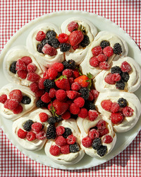 玛莎烤草莓蓝莓