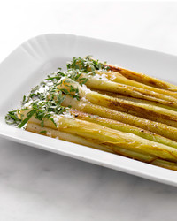 martha-cooking-school-braised-leeks-am-109-d110633-20130923.jpg