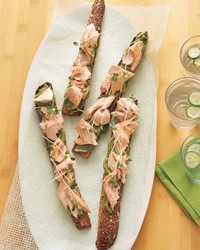 mla102198salmon2_0107_salmon-sandwiches_avocado_wasabi_spread.jpg