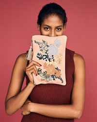 Fashionista Alert! Embellish a Purse with Iron-On Embroidered Appliqués
