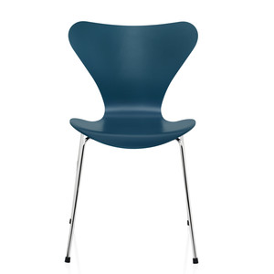 Fritz Hansen Series 7 Chair