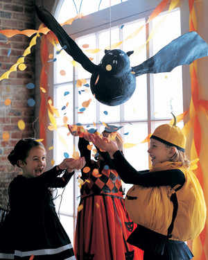 How to Make a Flying Bat Pinata
