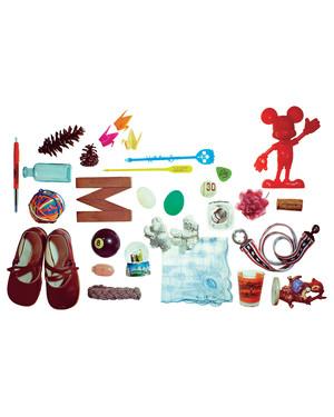 clutter-mbd108604.jpg