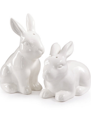 Hosting Easter? You'll Want These 12 Entertaining Essentials