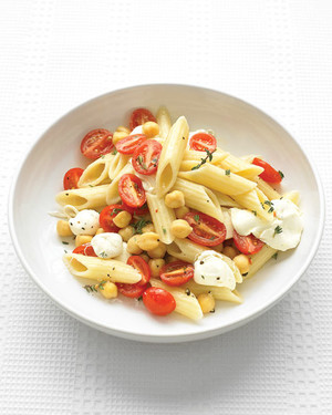 penne tomatoes white bowl