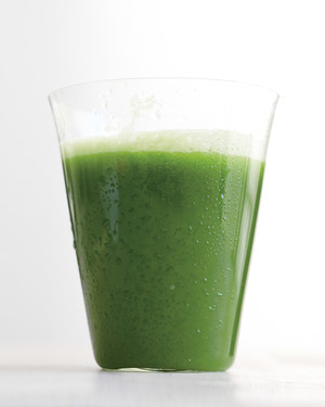 green-juice-mbd108052.jpg