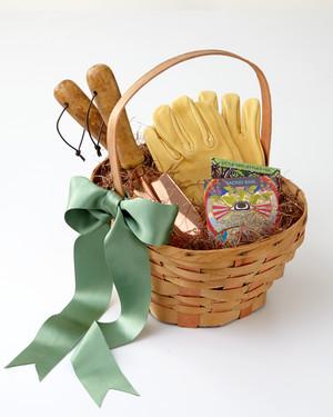 8 Genius Easter Basket Ideas for Your Favorite Gardener Martha