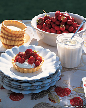 ml305_sip08_straw_tart.jpg