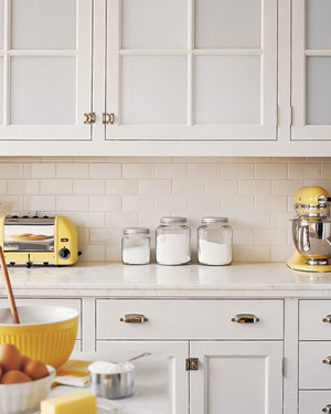 Organize Your Kitchen Cabinets in 11 Easy Steps