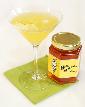 6029_101810_honey_drink.jpg