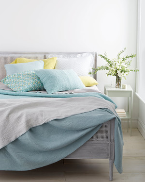 Sleep Better This Summer! 7 Steps to a Perfect, Easy, Breezy Bed