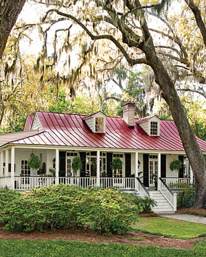 Home Tour: Riverside Cottage