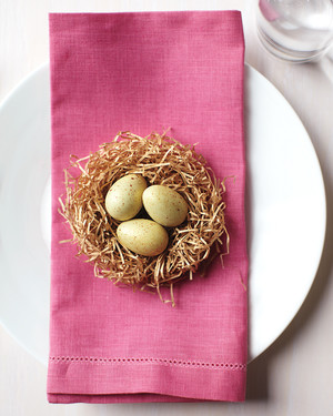 9 Effortlessly-Elegant Easter Centerpieces