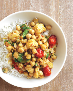 chickpea-curry-med107845.jpg