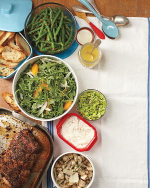 Potluck Themes: The Secret Ingredient to a Delicious BYO Dinner Party