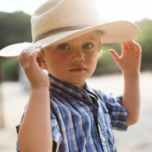 son hat ranch life close up