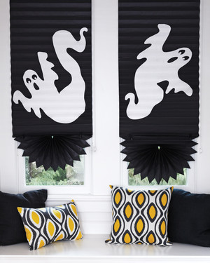 Halloween Decorations That Cost Almost Nothing but Look Pretty Spooktacular