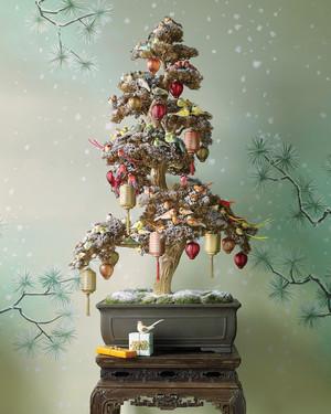 Tree-Trimming Secrets | Martha Stewart