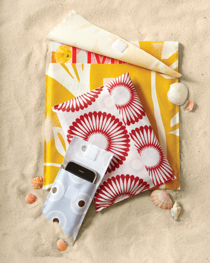 DIY Beach Accessories and Decorations