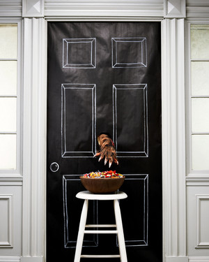 8 Clever Ways to Display Your Halloween Candy for Trick-or-Treaters