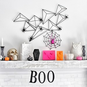 Spooktacular Decorating Ideas for a Halloween Mantel