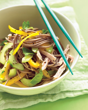 Cold soba noodle salad with chicken peppers and cucumber forumfinder Gallery